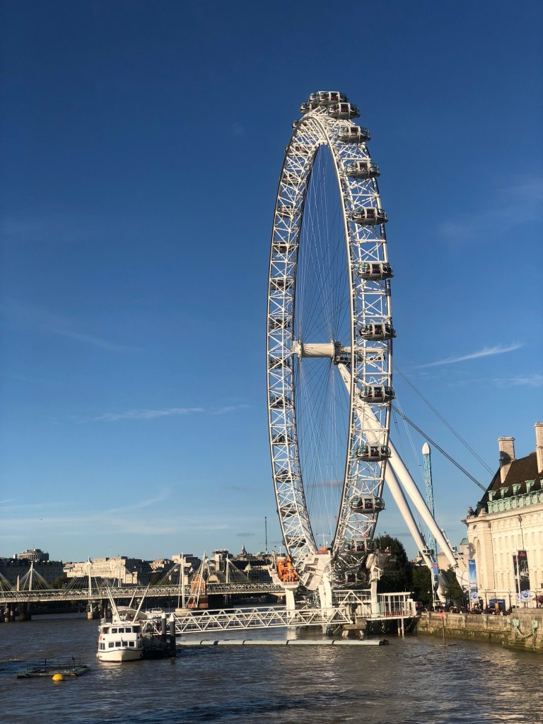 london eye handinary stories