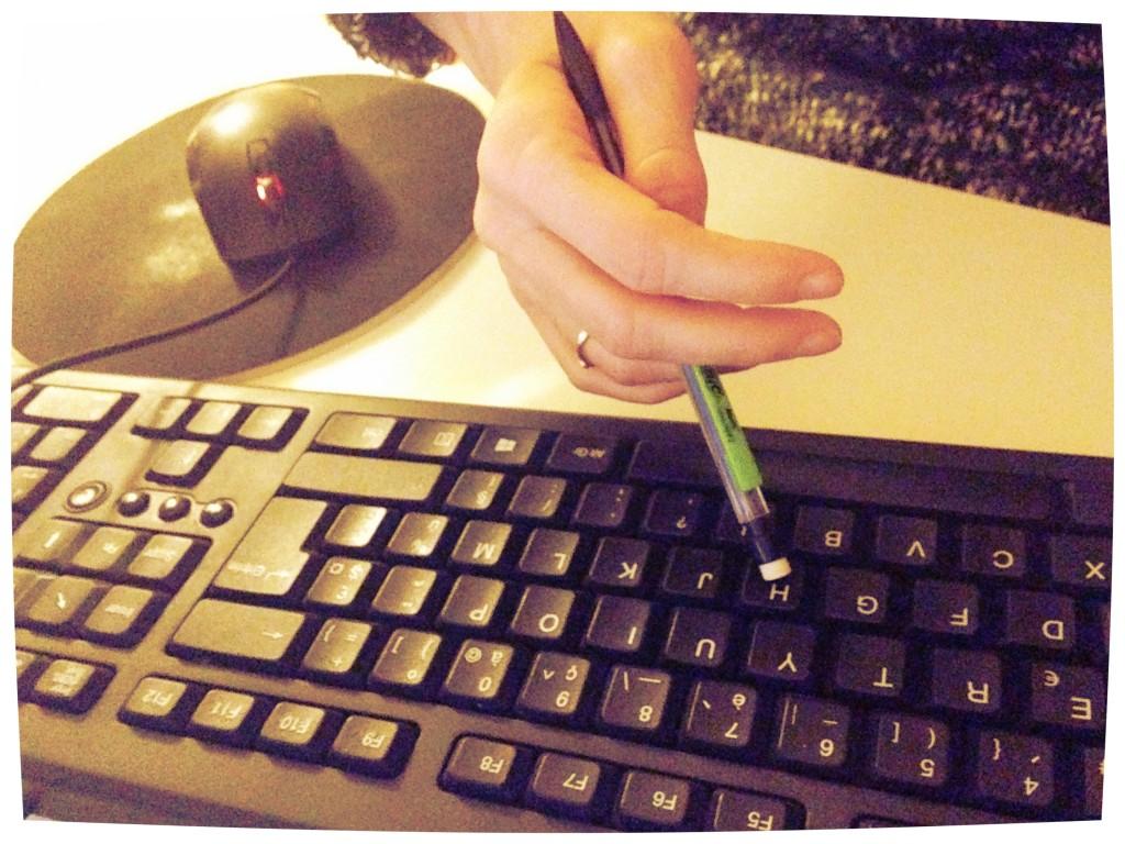 mains clavier handinary stories