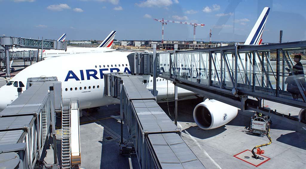 passerelle aéroport Handinary Stories