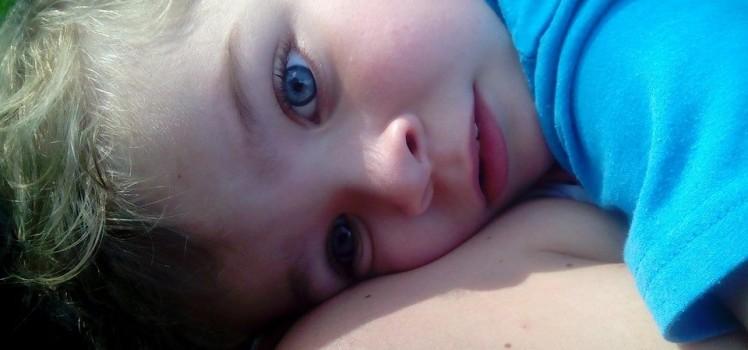 Wyatt petit garçon aux yeux bleu intenses
